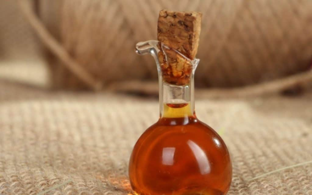 Духи из эфирного масла в домашних условиях