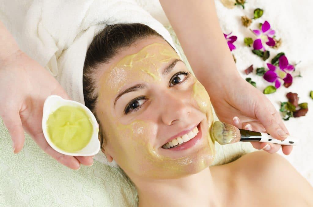 Оливковое масло для лица: убираем морщины самостоятельно