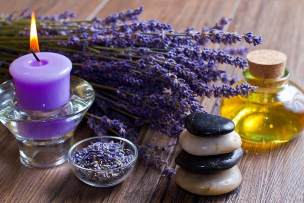 Положительные свойства масла лаванды
