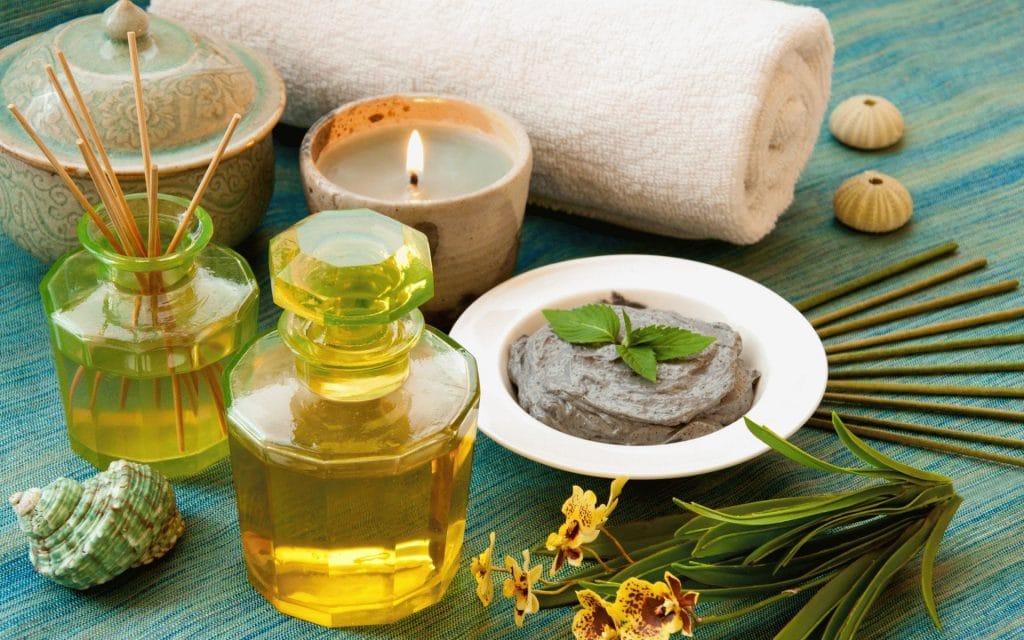 Эфйирное масло чайного дерева