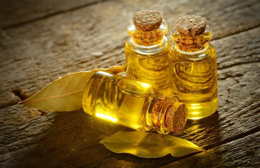 Маски на основе эфирного масла чайного дерева