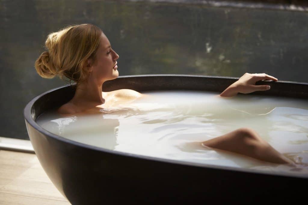 Целебные ванны с аромамаслами