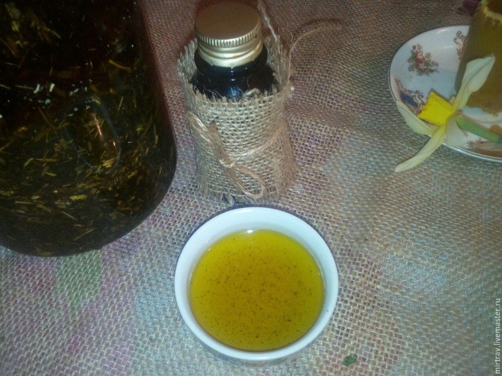 Домашнее масло чистотела