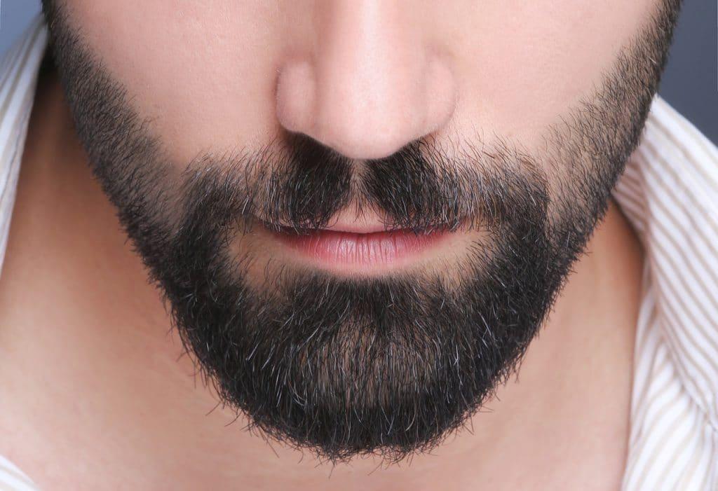 Репейное масло предотвращает выпадение волос