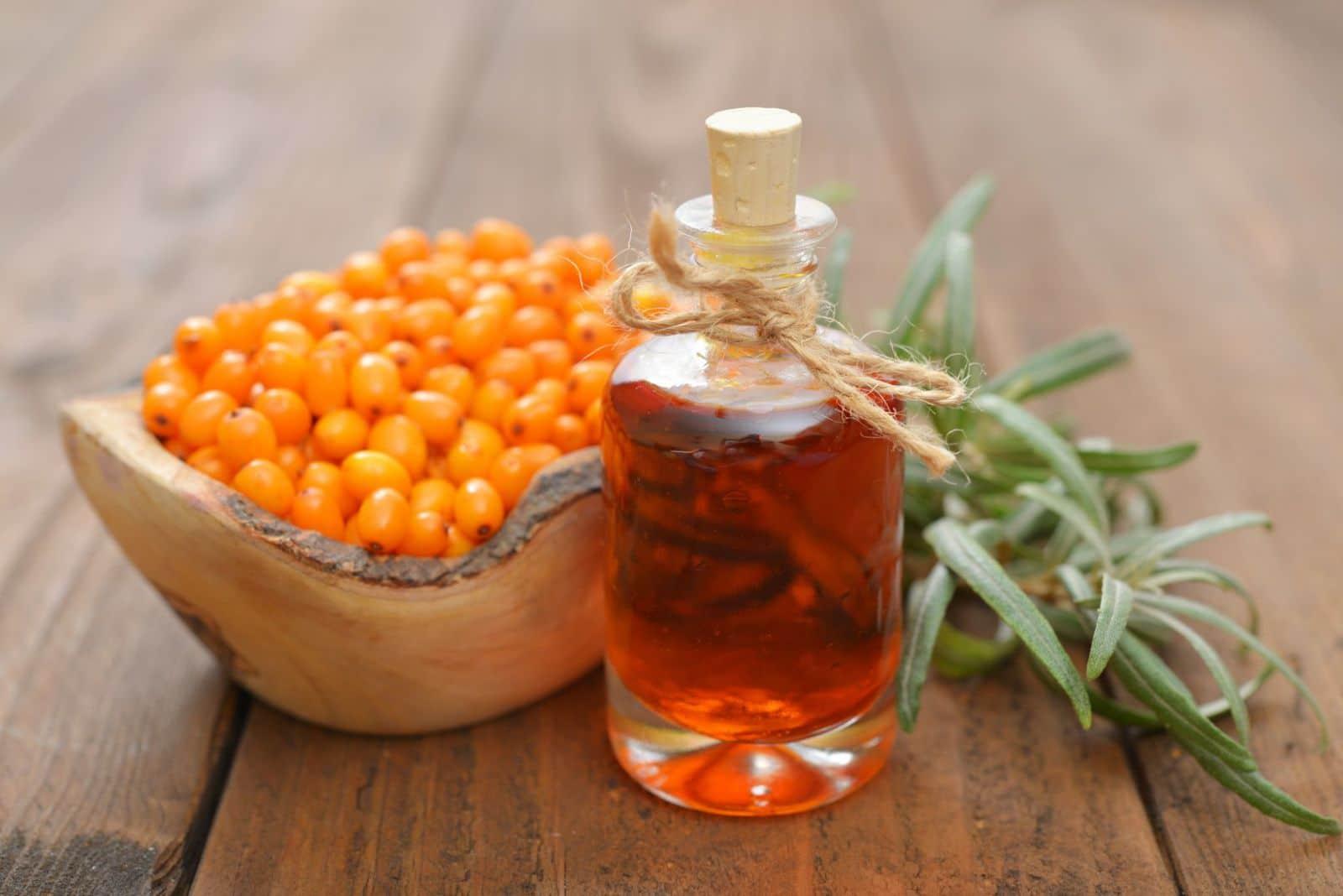 Облепиховое масло для волос: кладезь полезных свойств