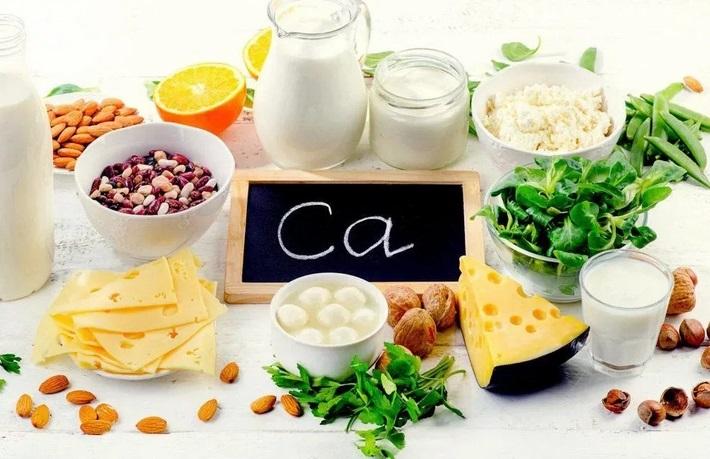 продукты, в которых кальция больше, чм в творогу